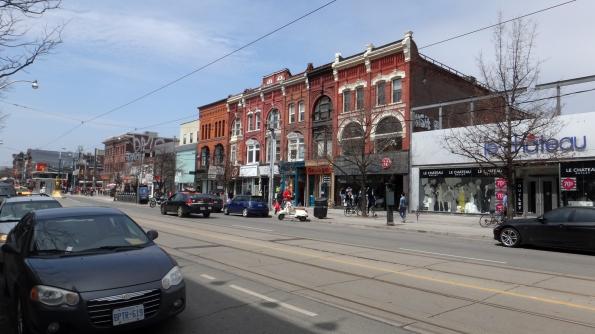Queen St - rua comercial